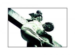 Kreuzigungsdarstellung vor dem Xantener Dom